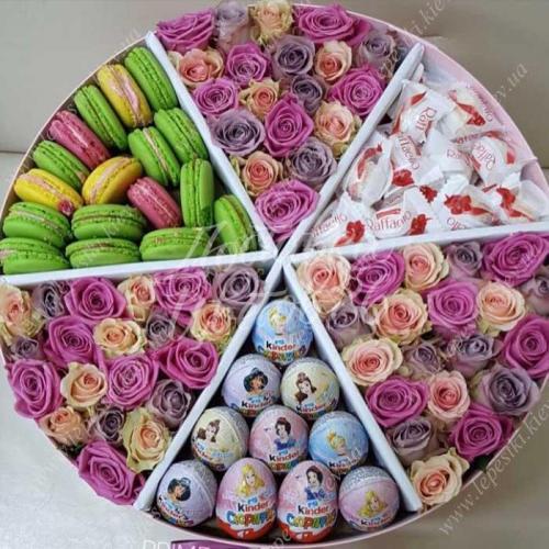 Цветочная композиция со сладостями, 40 см